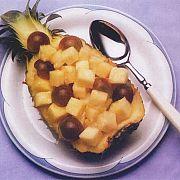 Ananas ve Üzüm Salatası