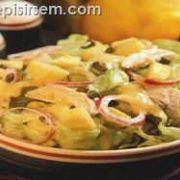 Ayvalı Tavuk Salatası