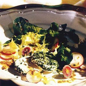 Peynirli Bahar Salatası