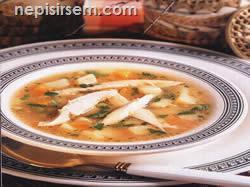 Buğdaylı Tavuk Çorbası anlatımlı resimli tarifi Buğdaylı Tavuk Çorbası video corbalar