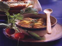 Ekmekli Soğan Çorbası anlatımlı resimli tarifi Ekmekli Soğan Çorbası video corbalar