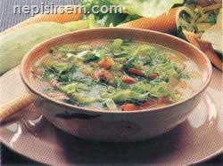 Marullu Sosisli Sebze Çorbası (4 Kişilik) tarif tarifi
