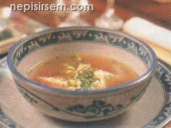 Tavuklu Dumpling Çorbası (4 Kişilik) tarifi