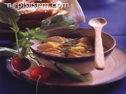 Ekmekli Soğan Çorbası (4 Kişilik) tarif tarifi