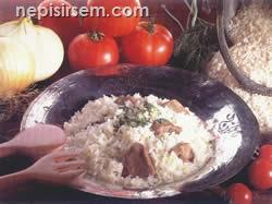 Etli Pirinç Pilavı (6 Kişilik) tarifi