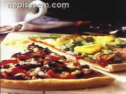 İkili Pizza (1 Tepsi) tarifi