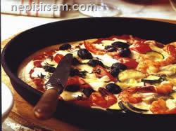 Karışık Pizza (1 Tepsi) tarifi